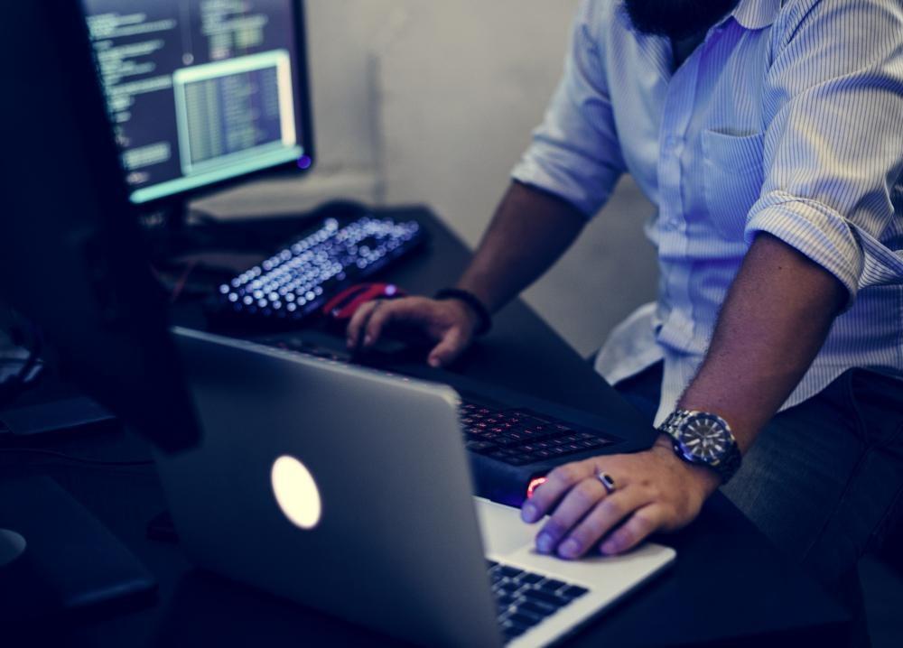 Курс «Работа в командной строке Bash» от Skillbox