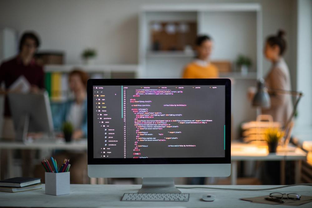 Профессия «Javascript-разработчик» от GeekBrains