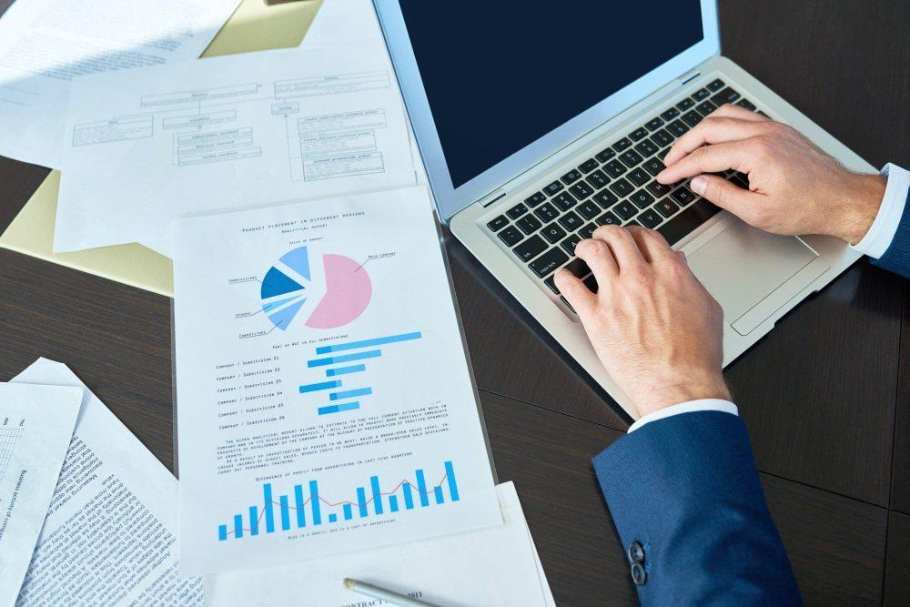 Профессия «Финансовый менеджер» от Skillbox